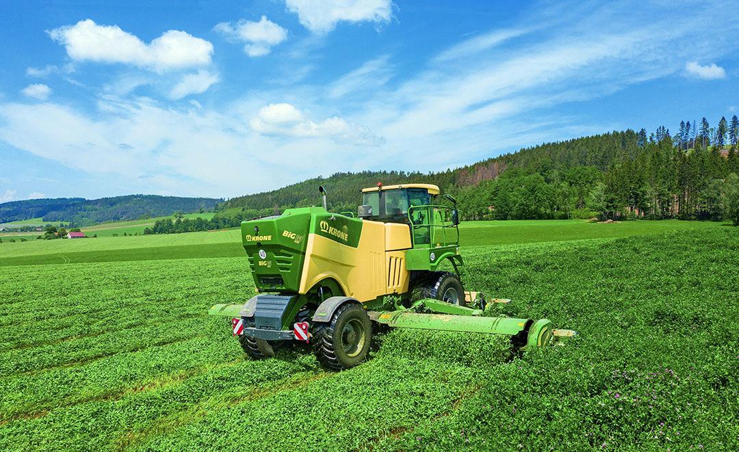 De rollenkneuzer is in bladrijke gewassen als luzerne een alternatief voor de tandenkneuzer.