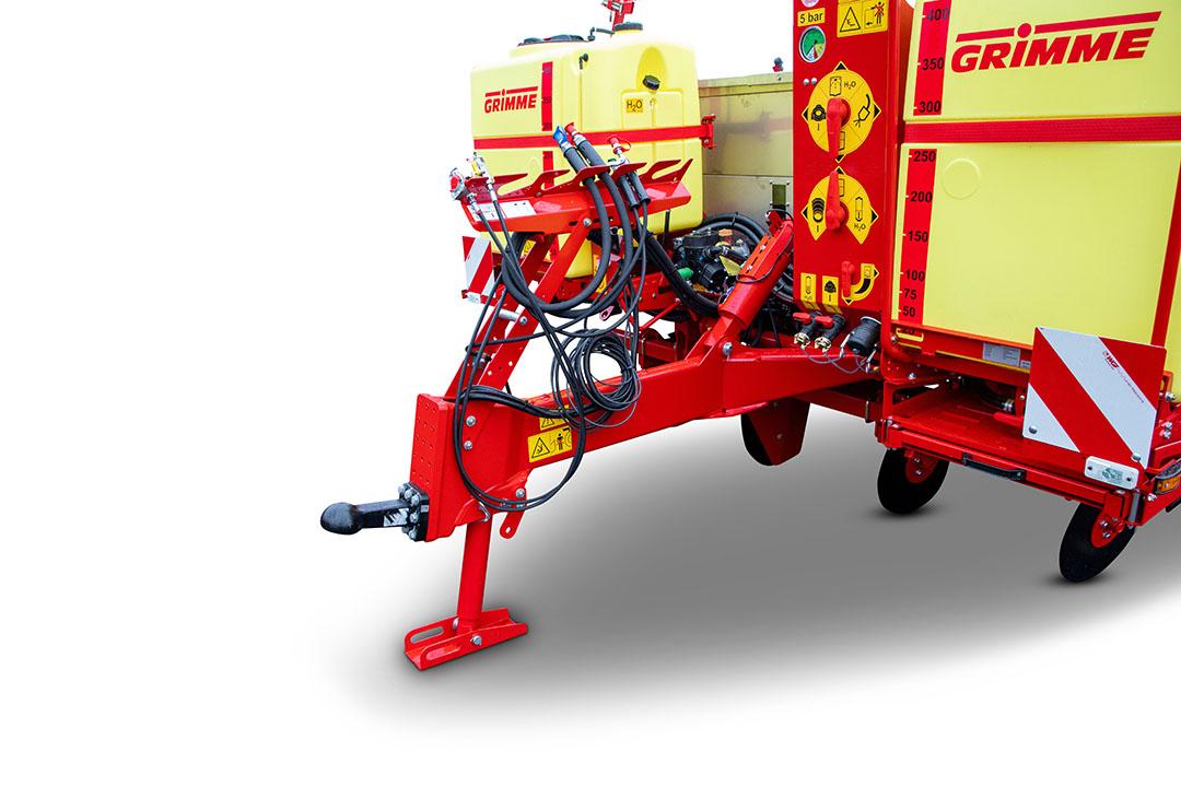 De GL 430 met een standaard, hydraulische steunpoot en de nieuwe slangengarderobe.
