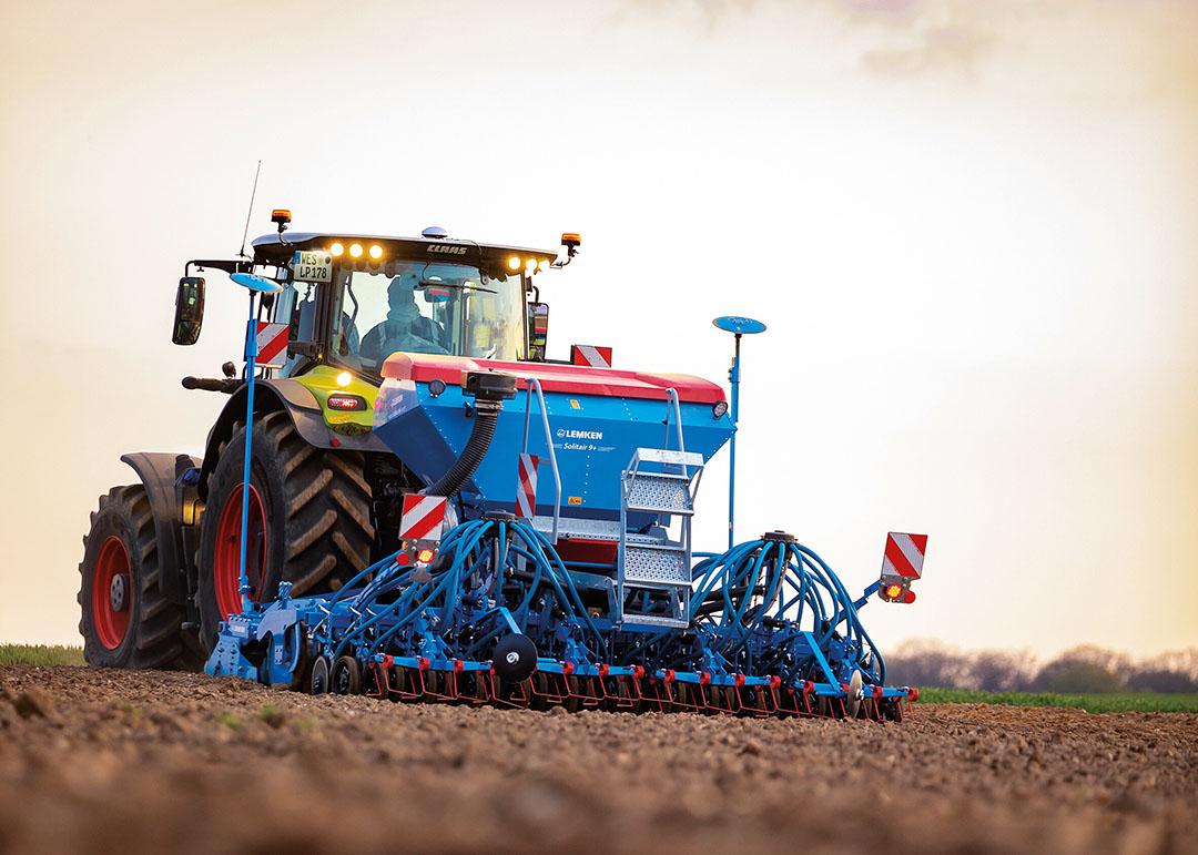 De machine is in een 3 meter en 4 meter brede variant verkrijgbaar.